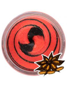 Powerbait Black Fluo Red Twist Lakrids fra Berkley